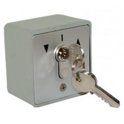 Contacteur à clef sur crépi...